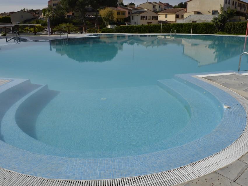 Mantenimiento de piscina comunitaria for Manual mantenimiento piscinas