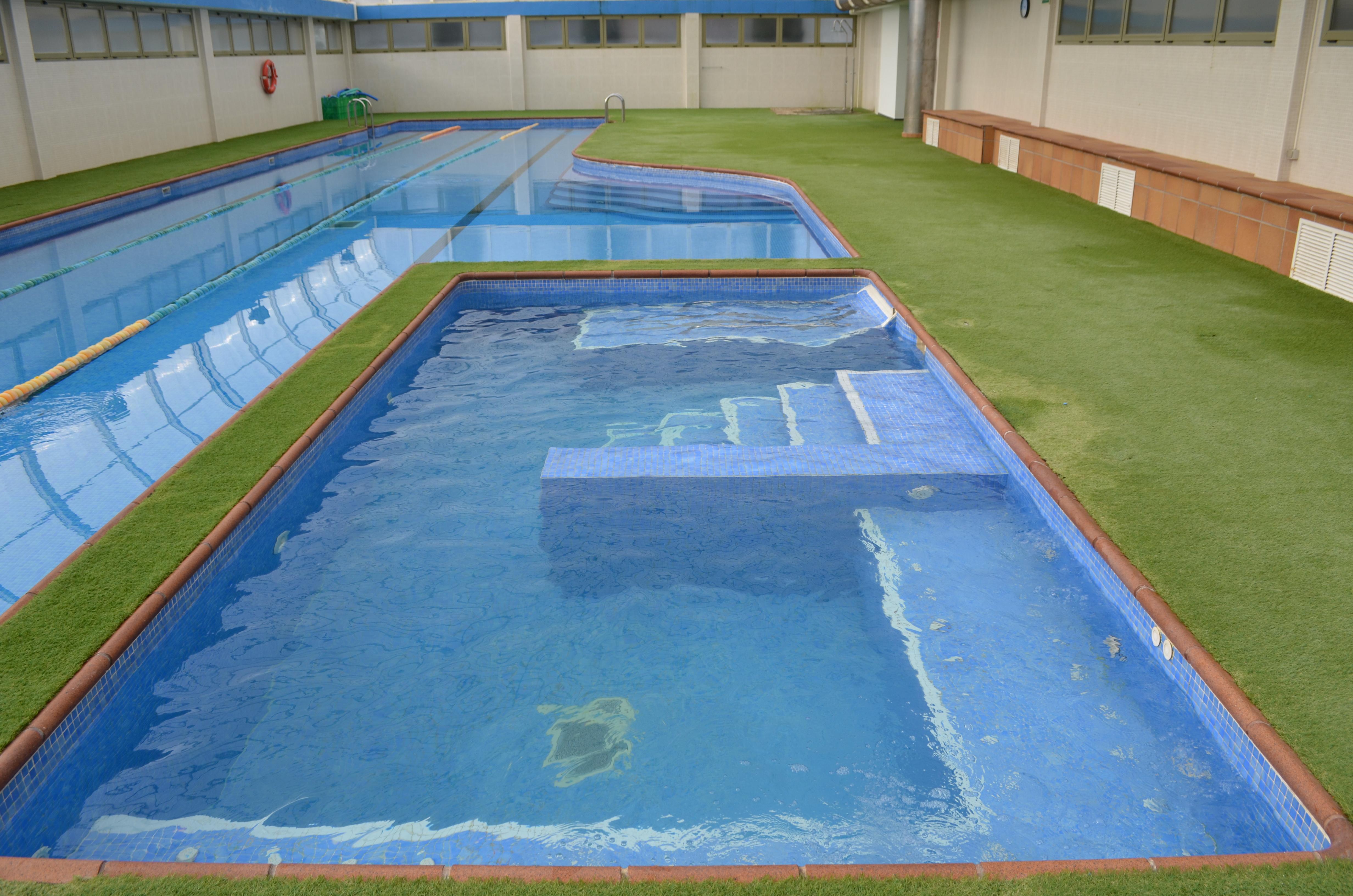 Mantenimiento de piscinas comunitarias y privadas for Mantenimiento de piscinas